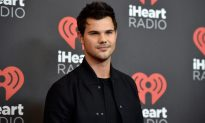 Twilight Star Taylor Lautner Helps Girl Scout with Cerebral Palsy Meet Her Cookie Goal