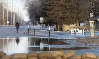 Floodwaters Breach Levees Prompting Rescues, Evacuations Across Midwest