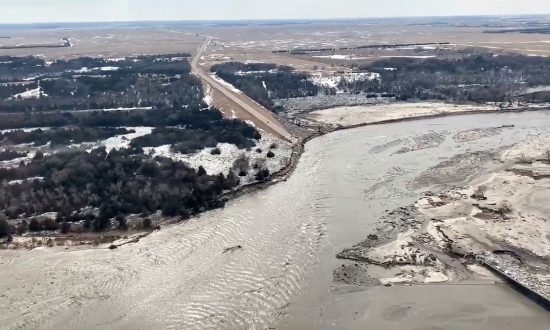 Nebraska: Isolation, Evacuations in U.S. Central Plains as Floods Kill Three