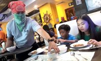 Kids Eating at Restaurant Can't Stop Crying When Their Waiter Removes His Bandana