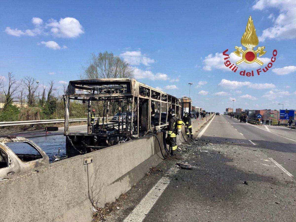 bus set ablaze