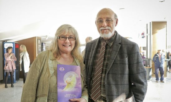 Artist Moved by Shen Yun's Beauty and Purity