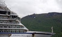 US Passengers Describe Desperate Wait for Rescue as Cruise Ship Tilts and Floods
