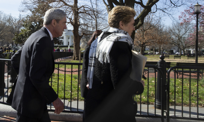 Ann Mueller and former special counsel Robert Mueller walk in front of the White House, on March 24, 2019. (Tasos Katopodis/Getty Images)