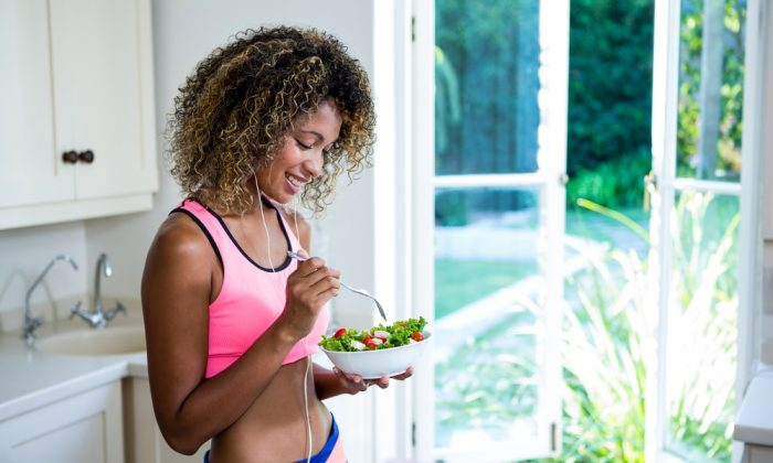 If you're not satisfied with your weight you may want to consider how you cook your food and how well you digest it as possible factors. (Wavebreakmedia/Shutterstock)