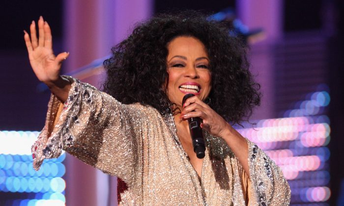 Diana Ross performs at the Nobel Peace Prize Concert in Oslo, Norway, on Dec. 11, 2008. (Chris Jackson/Getty Images)
