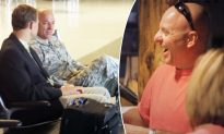 Kind Businessman Meets Soldier on Flight and Decides to Thank Him for Service in Unique Way