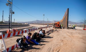 Pentagon Authorizes $1 Billion for Border Wall Construction