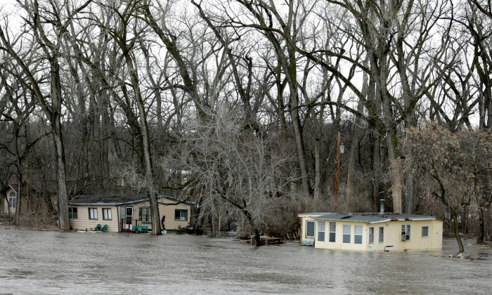 Waters rise on the Elkhorn River south of Arlington, Neb., on March 15, 2019. (Nati Harnik/AP)