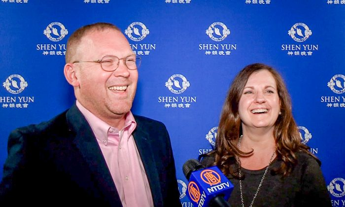 'I Will Definitely Come Back:' County Commissioner Amazed by Shen Yun's Talent