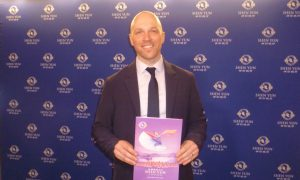 Toronto City Councillor Recommends Shen Yun to Everyone