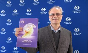Violinist Feels Rejuvenated by Shen Yun