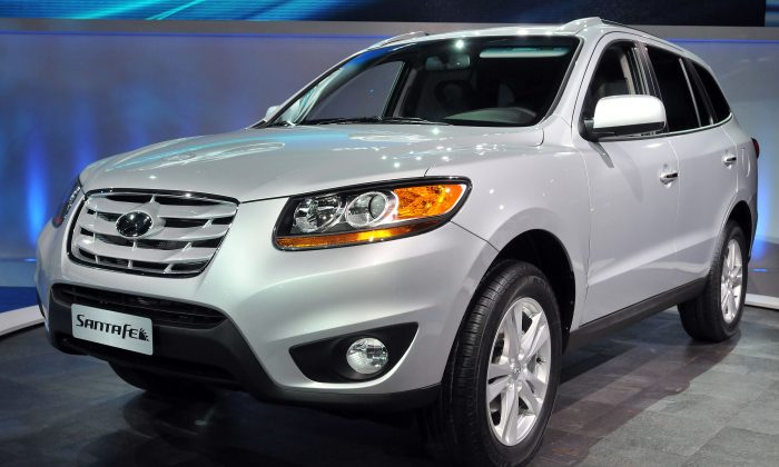 A 2010 Hyundai Santa Fe is debuted in Detroit, Mich., on Jan. 11, 2010.  (Bryan Mitchell/Getty Images)