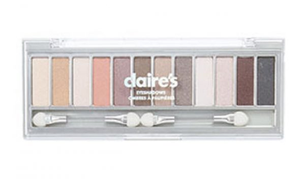 Health Canada issued a recall on April 3, 2019 for Claire's Eyeshadows due to possible asbestos contamination. (Health Canada)