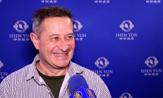'You Can Feel the Divine' in Shen Yun, Says Filmmaker