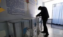 Reflecting Widespread Anti-Establishment Sentiment, Comedian Steals the Show in Ukraine's Election
