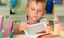 Sydney School Bans 'Distracting' iPads, Students Revert to Traditional Textbooks