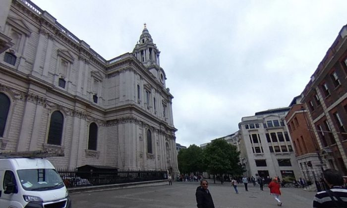St. Paul's Cathedral in London (Google Street View)