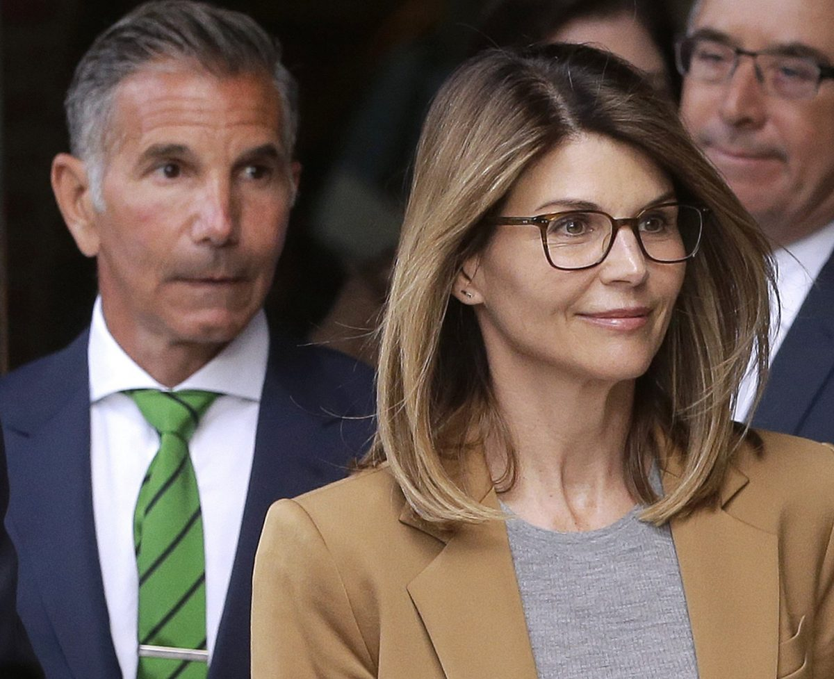 Lori Loughlin Will Likely Get Harsher Sentence Than Felicity Huffman