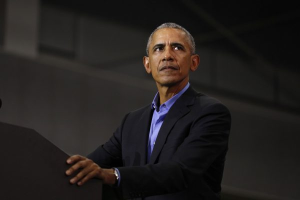 obama-speaks-at-rally