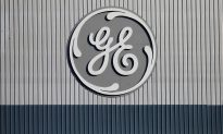 GE Shares Tumble as JP Morgan Analyst Downgrades, Cuts PT Further