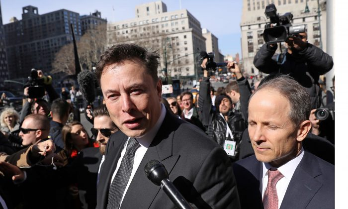 Tesla CEO Elon Musk leaves Manhattan federal court after a hearing on his fraud settlement with the Securities and Exchange Commission (SEC) in New York City, on April 4, 2019.  (Brendan McDermid/Reuters)