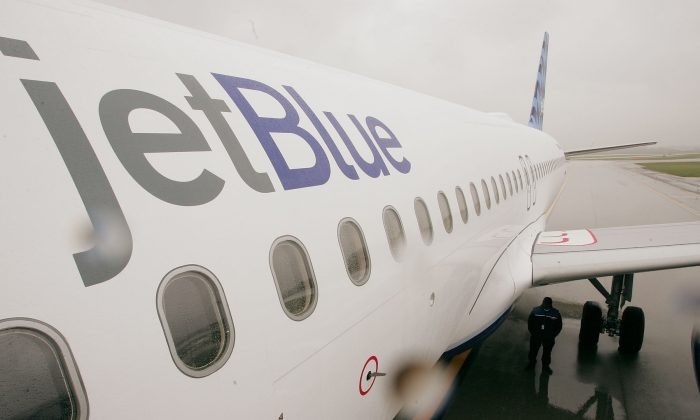 Stock image of JetBlue plane (Scott Olson/Getty Images)