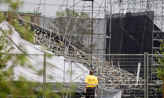 Companies That Build Temporary Stages Should Be Licensed, Coroner's Inquest Says