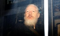 Wikileaks Founder Assange Arrested in London on US Extradition Request