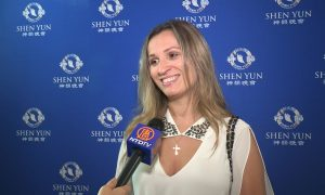 Former Ballet Dancer Says Shen Yun Dancers' Skill Level Is '100 Percent'