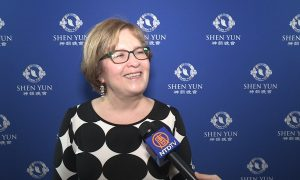 CEO Impressed by Shen Yun's Efforts to Show 'What's Going on in China'