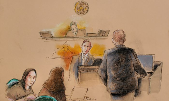 Yujing Zhang (L), charged with bluffing her way into President Donald Trump's Florida resort, appears with her defense attorney Robert Adler (R) before U.S. Magistrate Judge William Matthewman, at her hearing at the U.S. federal court in this courtroom sketch, in West Palm Beach, Florida, U.S. on April 8, 2019. (Daniel Pontet/Reuters)