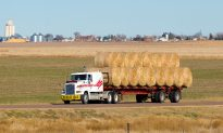 Farmers Join Forces and Deliver Hay to Flood-Affected Communities in Nebraska