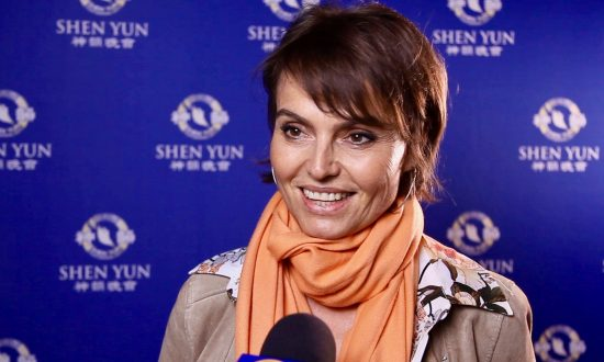 Shen Yun Impressed, Surprised, and Captivated Charitable Foundation President