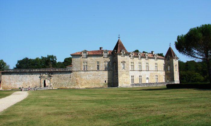 Chateau Royal de Cazeneuve, the former residence of King Henry IV. (John M. Smith)