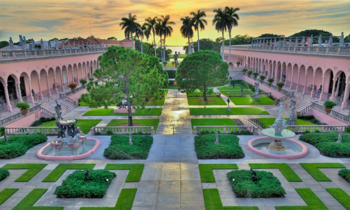 The courtyard garden is similar to the gardens found in Italian Renaissance villas. (The John and Mable Ringling Museum of Art)