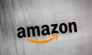 Amazon, Facing Entrenched Rivals, Says to Shut China Online Store