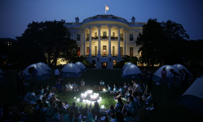 Members of the Girl Scouts participate in the first-ever White House Campout June 30, 2015 at South Lawn of the White House in Washington, DC. Alex Wong/Getty Images