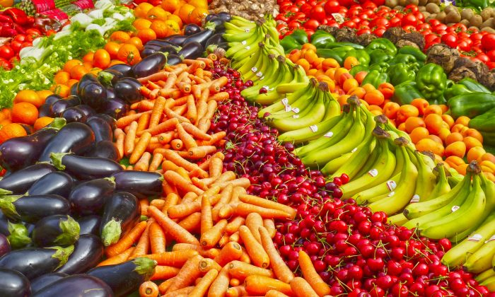 Eat the rainbow for nutritional benefits. (Pixabay)