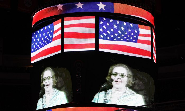 Singer Kate Smith is seen on the screen before Game Six of the 2010 NHL Stanley Cup Final between the Chicago Blackhawks and the Philadelphia Flyers at the Wachovia Center in Philadelphia, Pennsylvania, on June 9, 2010. (Andre Ringuette/Getty Images)