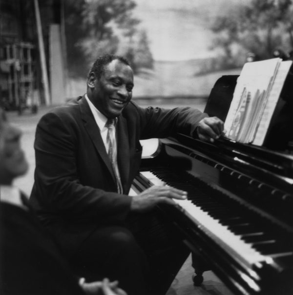 American singer, political activist and civil rights campaigner Paul Robeson