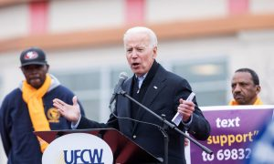 Joe Biden Enters the 2020 Race and Obama Congratulates Him on the Campaign