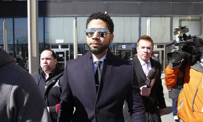 Actor Jussie Smollett (C) outside Leighton Courthouse in Chicago, Ill., on March 26, 2019. (Nuccio DiNuzzo/Getty Images)