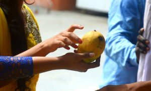 Secret Admirer Delivers Love Poetry Written on Mango to His Crush