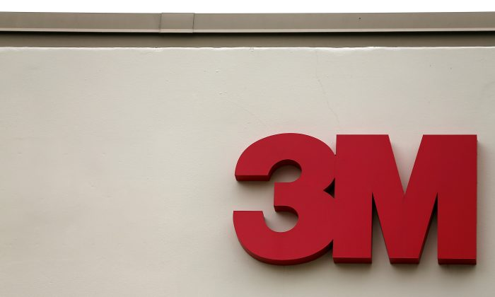 The logo of 3M is shown in Irvine, California on April 13, 2016. (Mike Blake/Reuters)