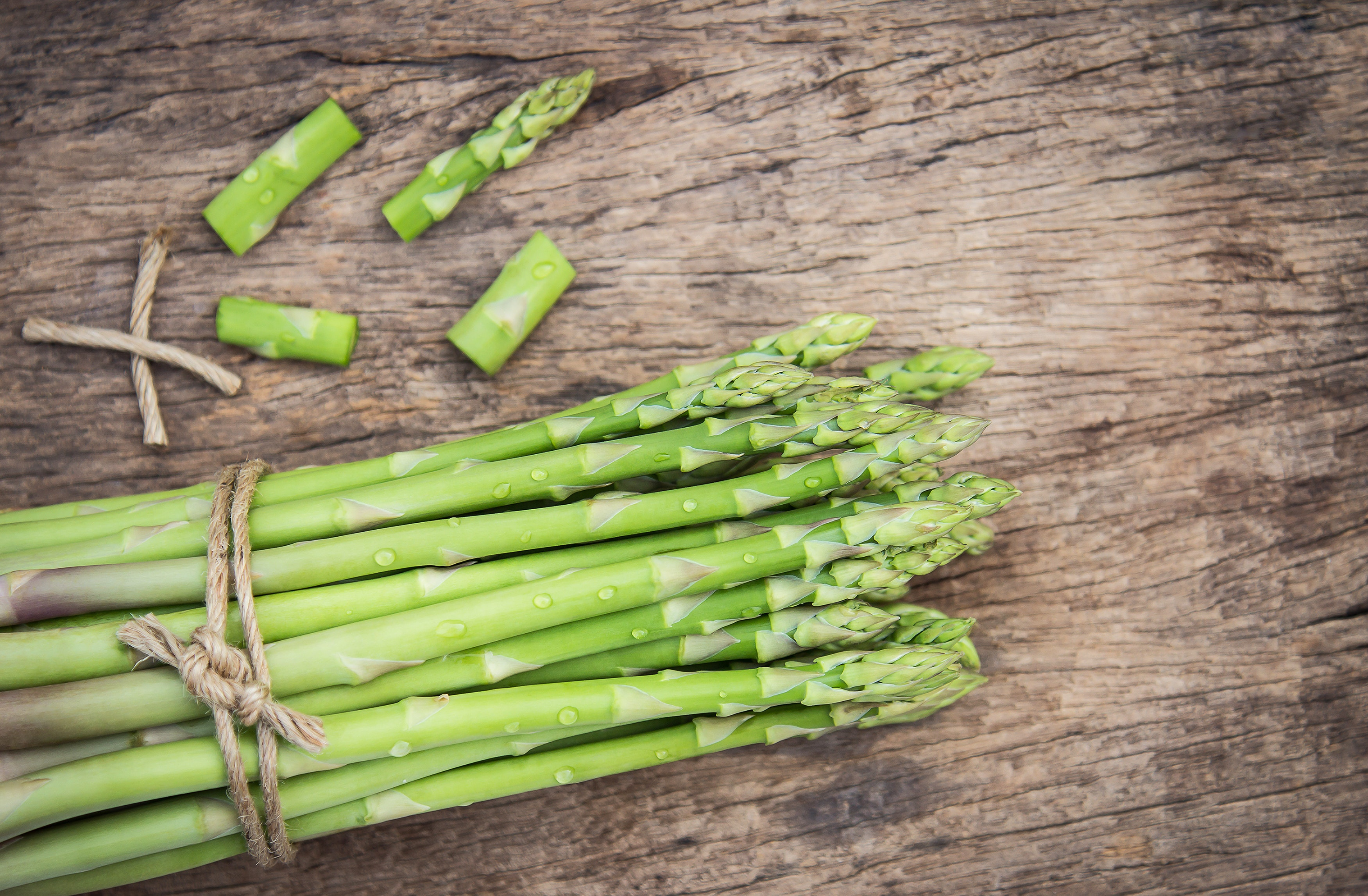 For those in temperate climates, asparagus is one of the first vegetables to emerge in the spring. (Aphiwat chuangchoem/Pexels)