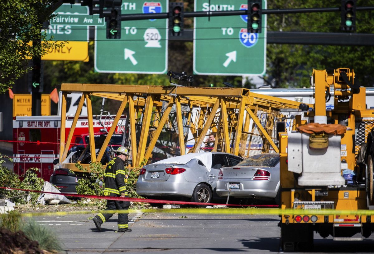 crane crash seattle