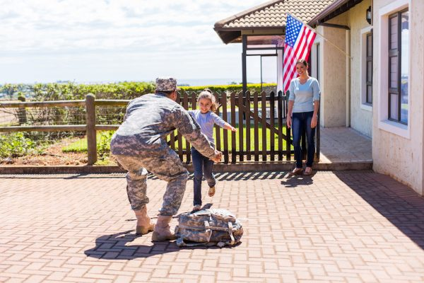 soldier return to home