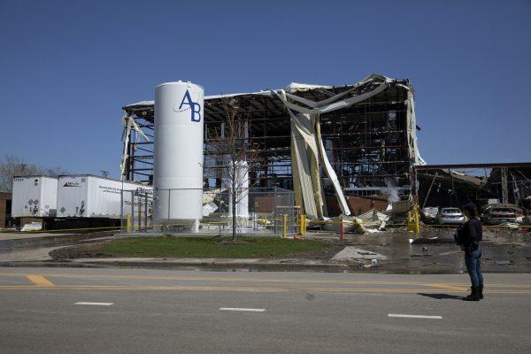 Illinois plant explosion 6