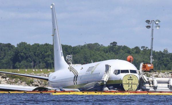 charter-plane1-e1557105169339